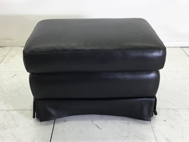 【239,000円より60%引】バレンティ オットマン1529/00 ブラック色/数量限定お買い得品