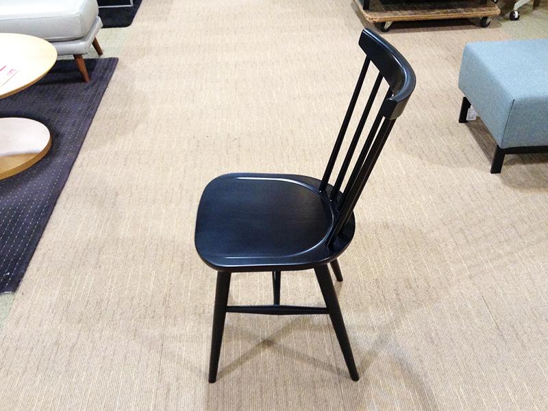 【29,900円より34%引】椅子「ハンナチェア」板座/アウトレット&リワース横浜  数量限定品新品10本
