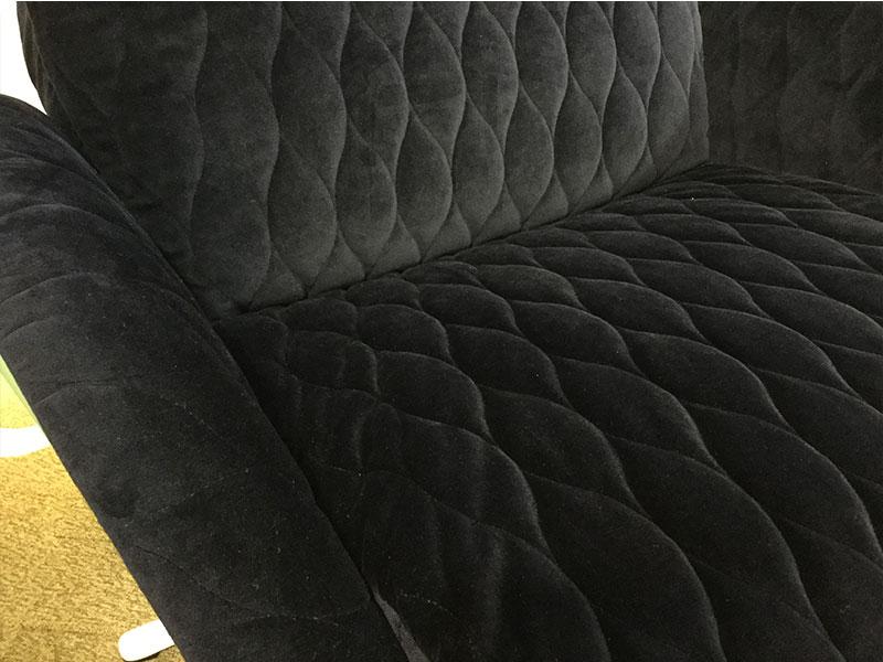 【289,800円より35%引】リクライニングチェア フレックスラックス オットマン付き/キルト/アウトレット&リワース横浜展示品