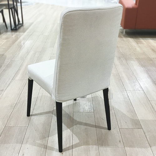 【100,680円より40%引】椅子(カバー付き)4脚セット  ウイング/南船橋店展示品