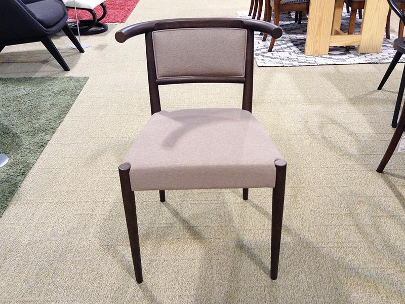 【53,600円より39%引】椅子「M001」/アウトレット&リワース横浜展示品