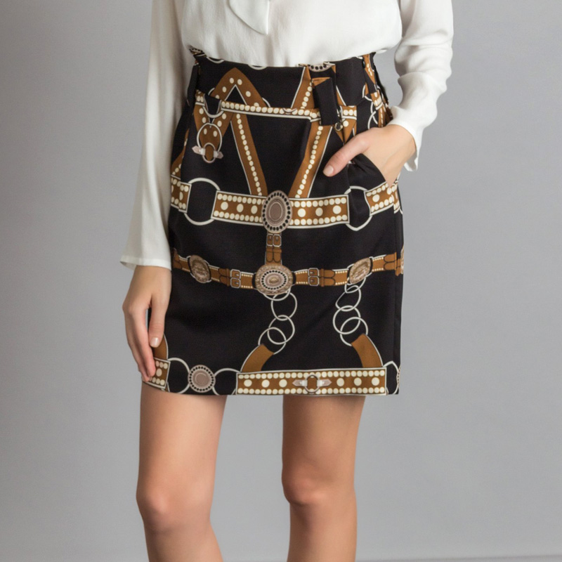 チェーン柄スカート