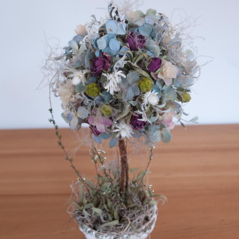 ブルー紫陽花のHappiness topiary