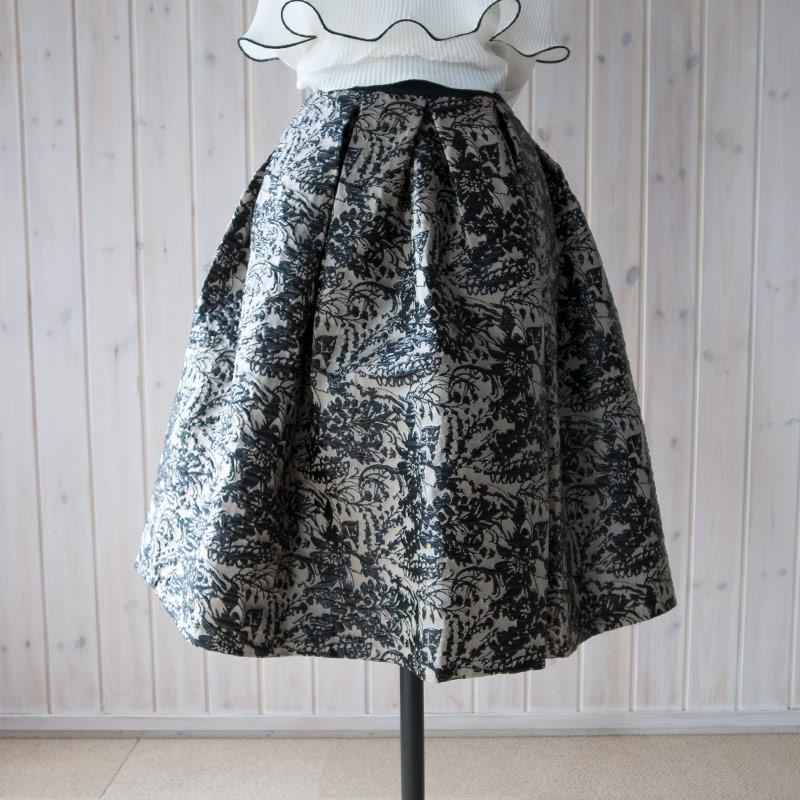 ゴブラン織りスカート