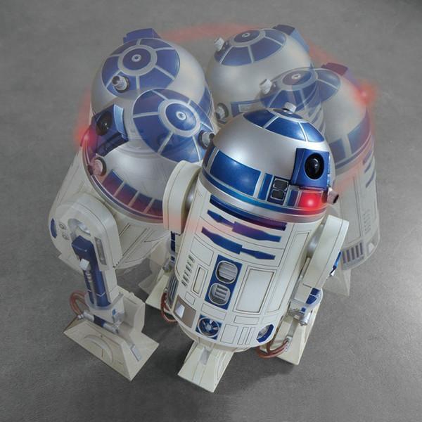 R2-D2 アクションクロック STAR WARS 音声 目覚し時計 ブルー色 8ZDA21BZ03 リズム時計