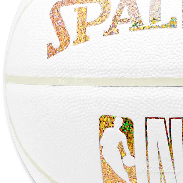 SPALDING HOLOGRAM COMPOSITE バスケットボール7号 キラキラ ホログラムコンポジット ホワイト ゴールド 合成皮革 NBAロゴ スポルディング76-482J