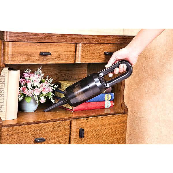 スタイリッシュ 小型 USB充電式ハンディクリーナー ブラック 掃除機 2000mAh 軽量 3種類ノズル付