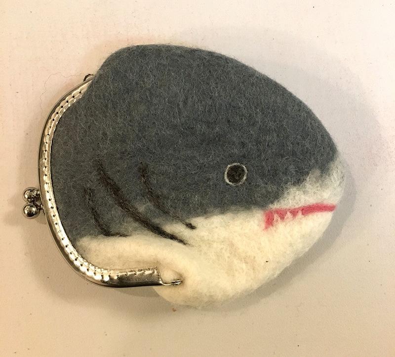 ホホジロサメがまぐち(口閉ver)