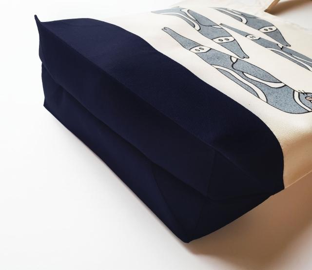 クラカケアザラシのキャンバストートバッグ(M)