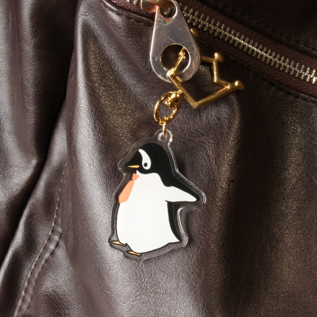 おでかけジェンツーペンギンのアクリルストラップ