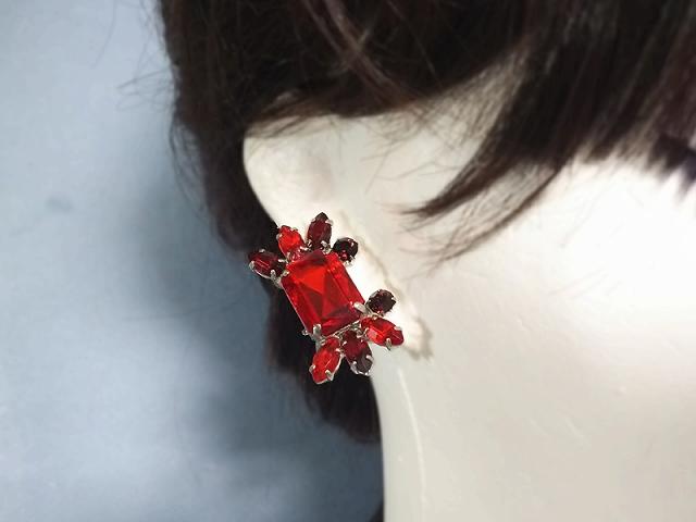 輝くビジューなカニ(red)(イヤリング)