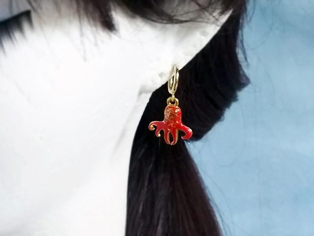 耳にタコ!のフープイヤリング