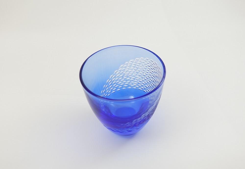 回遊展開青藍