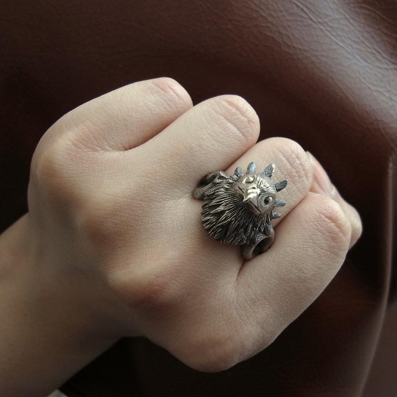 ヘビクイワシのリング(指輪)
