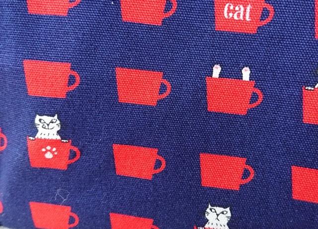 【いきもーる限定販売】 仕切りのあるがまぐち(M) / cup cat