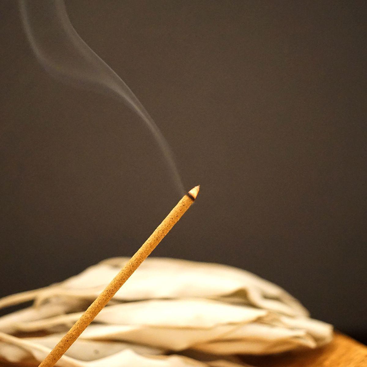 エクストラ・ホワイトセージ インセンス 浄化香 【スティックタイプ】 (天然成分100% & 日本製) LUCAS ルカス
