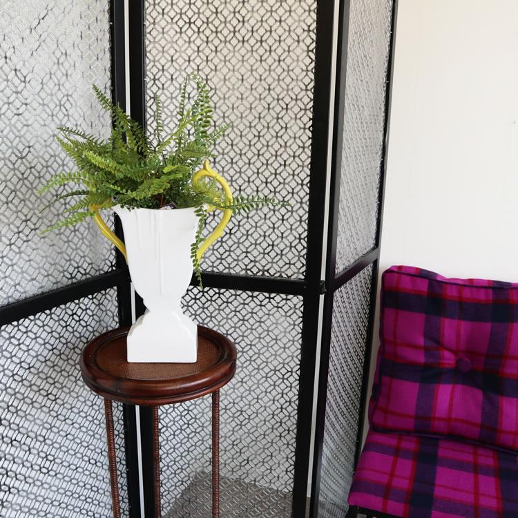陶器フラワーベース 花瓶 ホワイト&グリーン