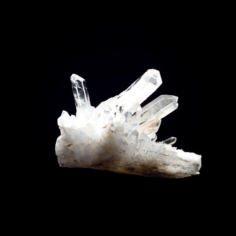 【カンチェンジュンガヒマラヤ産】水晶クラスター【KCJ0035】