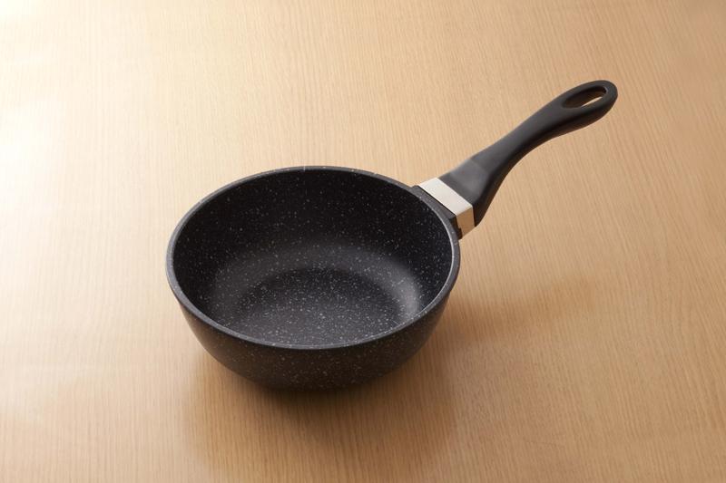 フライパン 20cm深型 【ヘルスケアセット Relax d】 ruhru健康フライパン (20cm x 7.5cm 深鍋 )+蓋+セット限定プレゼント