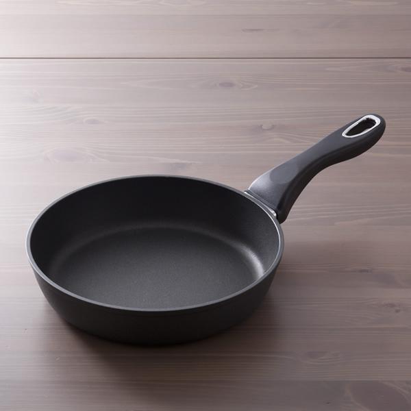 フライパン 24cm x 5.5cm IH&直火用 NANOPAN (ナノパン)