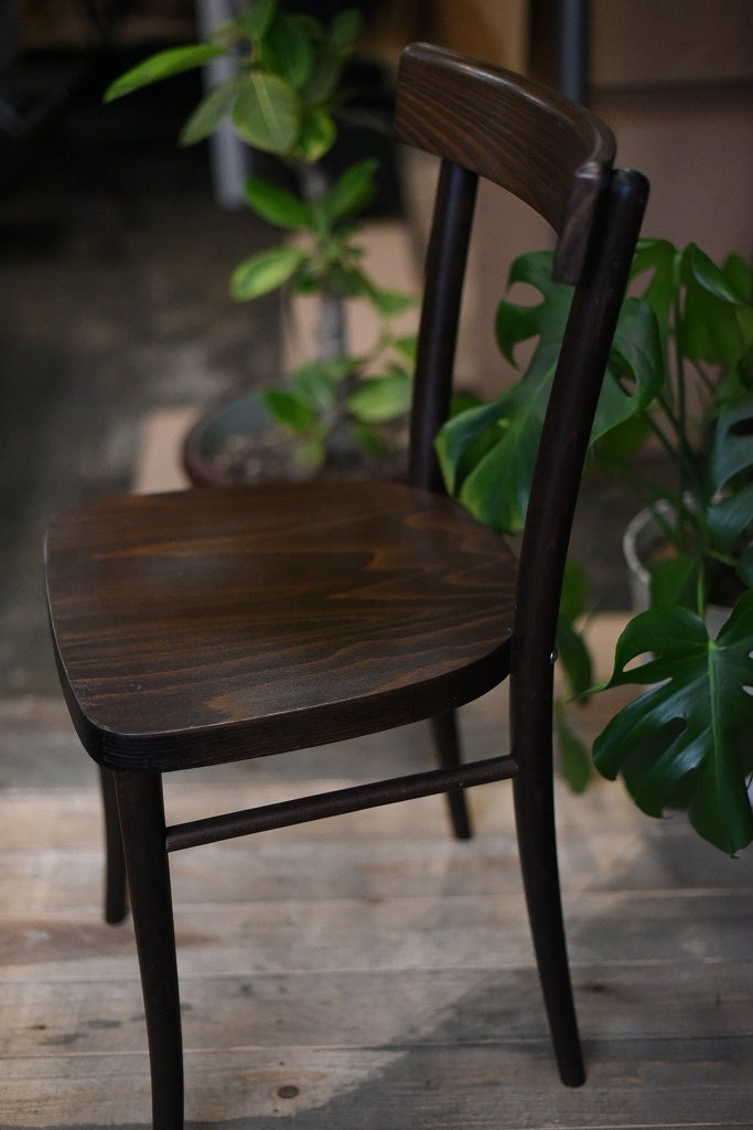 104607 USED TON CHAIR 中古