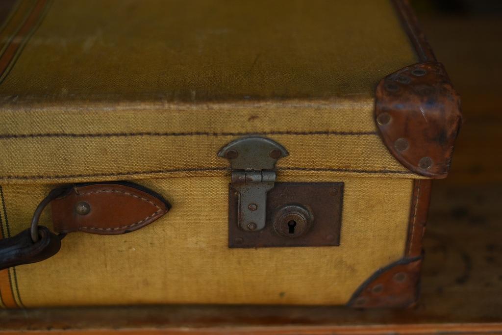 103679 ヴィンテージ 「DEESTOX」 トランクケース  英国製