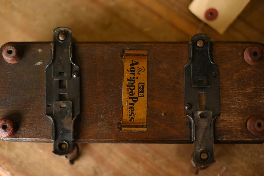 103907 ヴィンテージ 「AQRIPPA PRESS」 パンツプレス 英国製 MADE IN ENGLAND