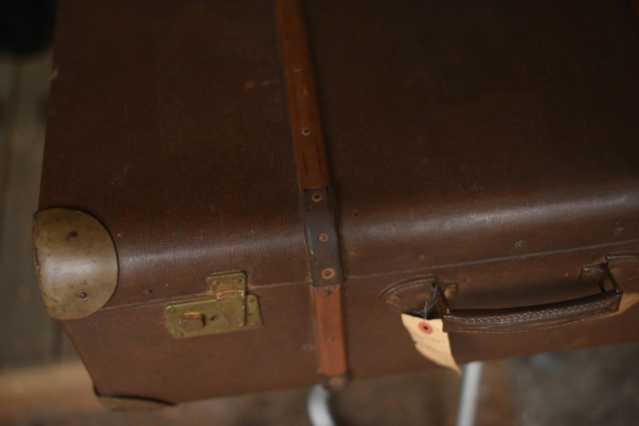 100468 ヴィンテージ  船舶 大型 トランクケース 革鞄  英国製