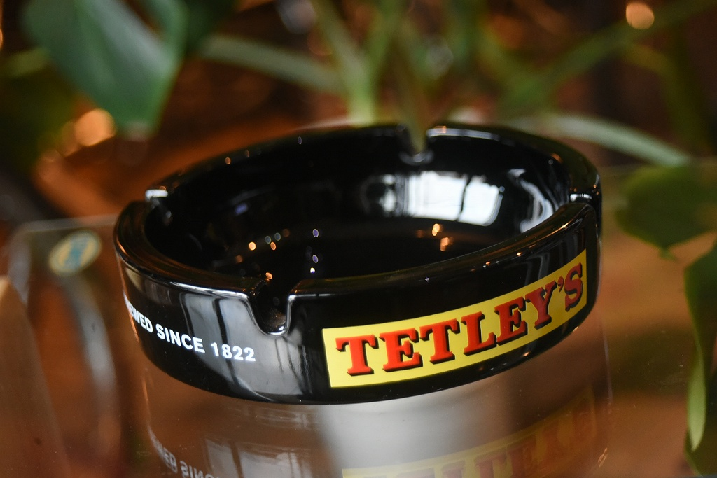 100245 アッシュトレイ 「TETLEY'S」 SMOOTH BREWED SINCE1822 灰皿 FRANCE