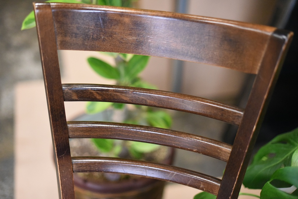 104851 USED TON CHAIR 中古