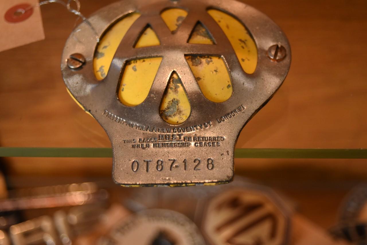 UK ヴィンテージ AA Automobile Association カーバッチ 101415