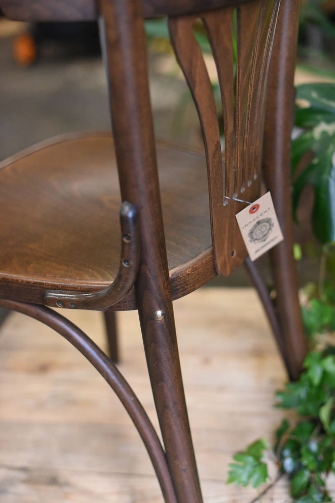 105081 No.056 311056 USED TON CHAIR 中古
