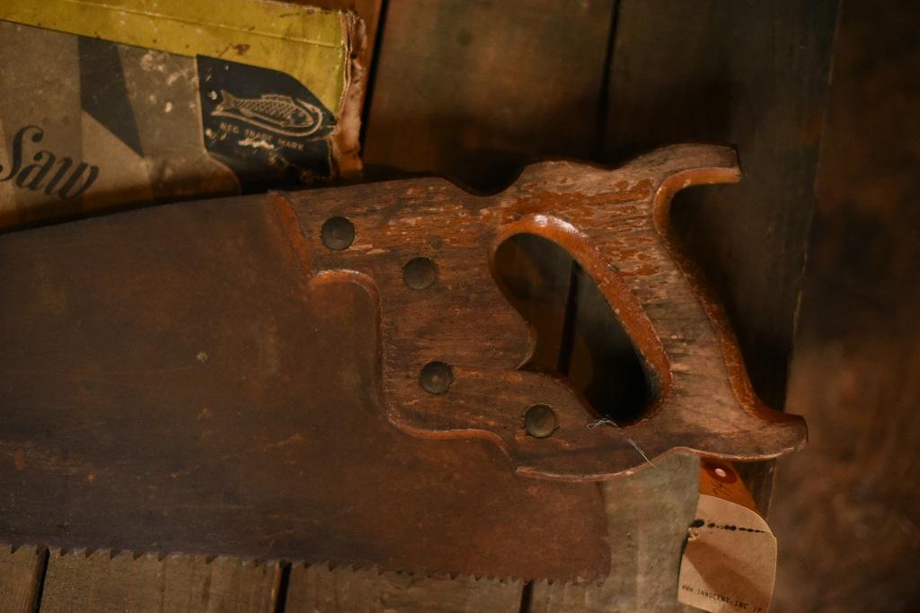 1832 UK ヴィンテージソー ノコギリ 鋸 英国 カバー付属
