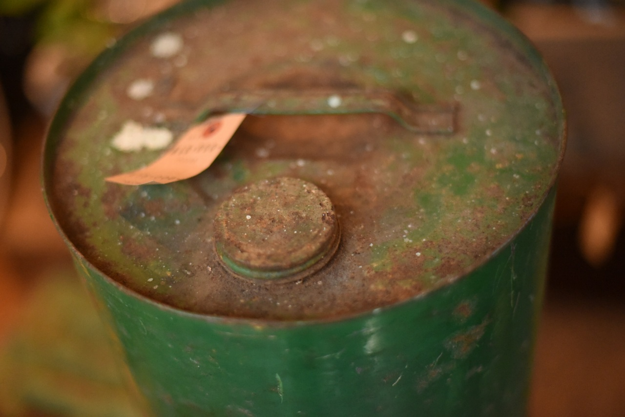 102290  UK ヴィンテージ カストロール オイル缶 OIL CAN CASTROL