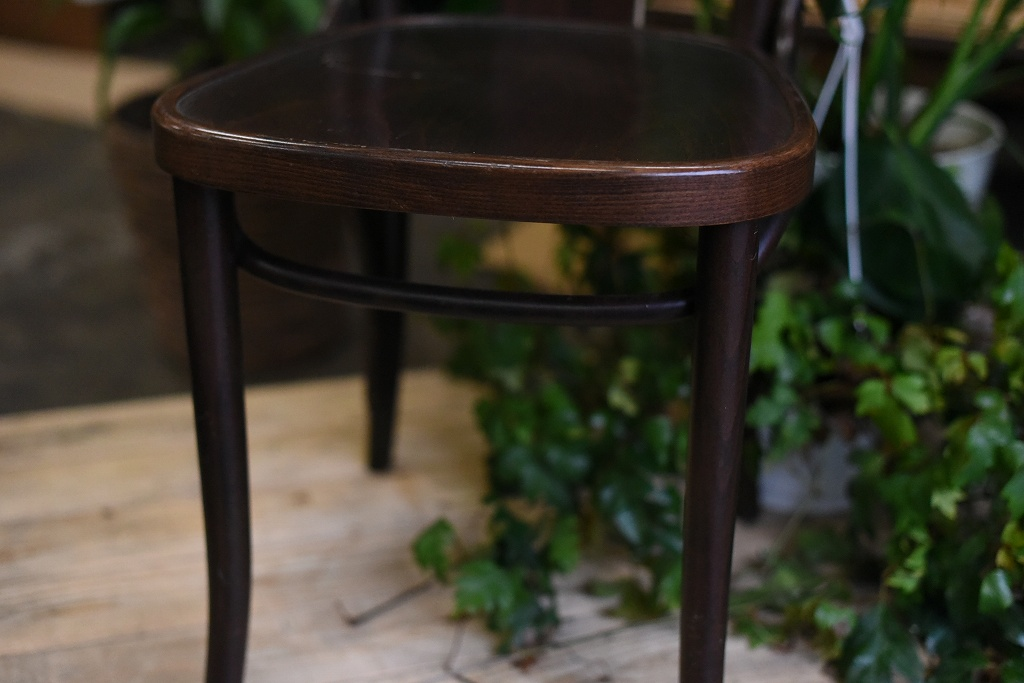 105087 No.056 311056 USED TON CHAIR 中古