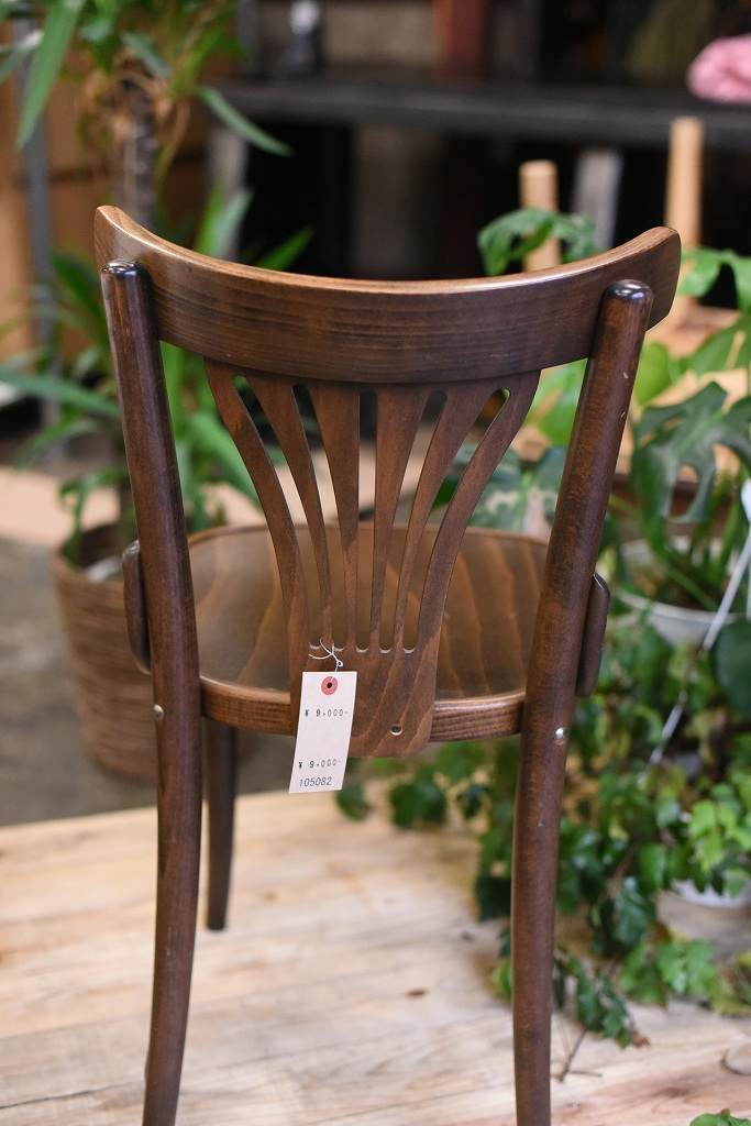 105082 No.056 311056 USED TON CHAIR 中古