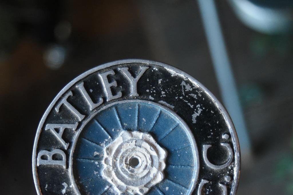 822 UK ヴィンテージ  「BATLEY M.C.&CC.」 エンブレム クラシックカー オーナメント