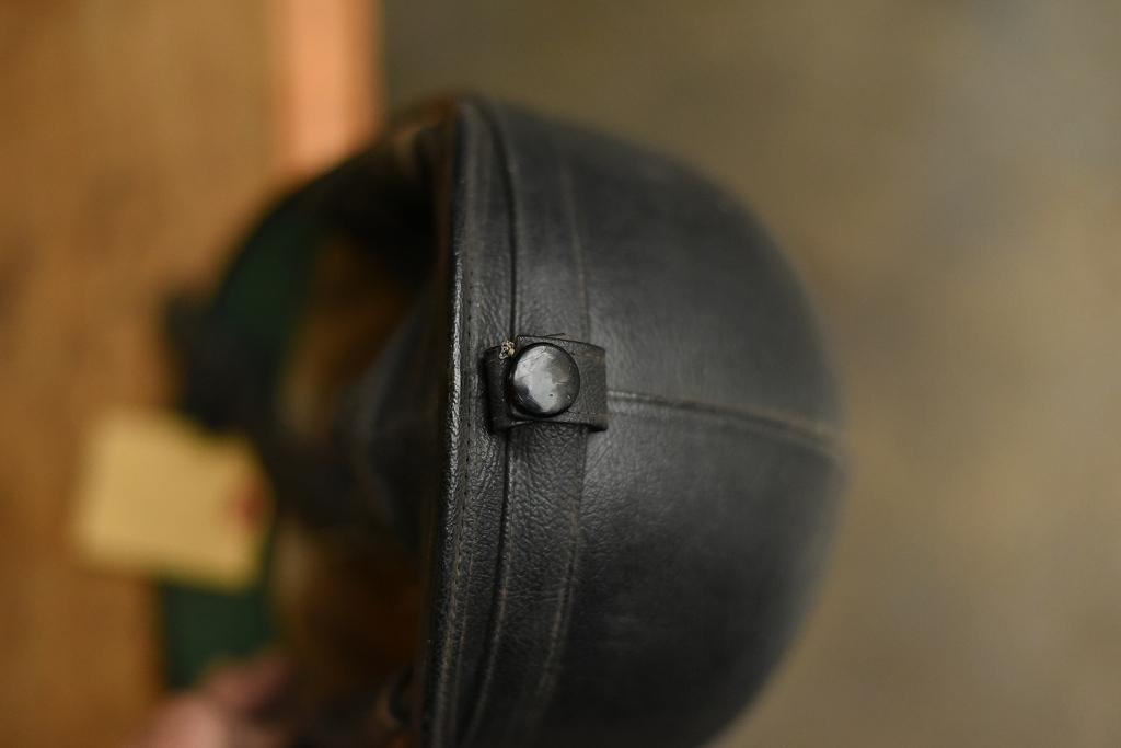 103787 「AVIAKIT」 ヴィンテージ ハーフヘルメット お椀ヘルUK MADE in ENGLAND ヘルメット