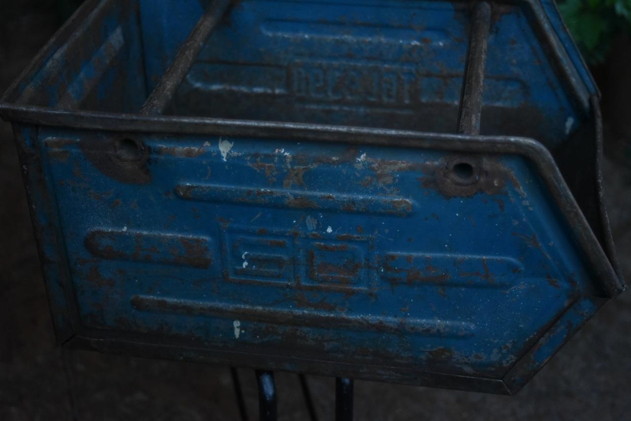 001445  インダストリアル スタック アイアンボックス パーツストッカー TGL9390