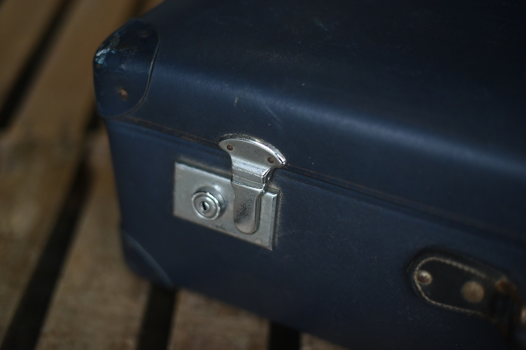 105692 UK ヴィンテージ 英国 グローブ トロッター 「GLOBE TROTTER」 MADE IN ENGLAND 刻印