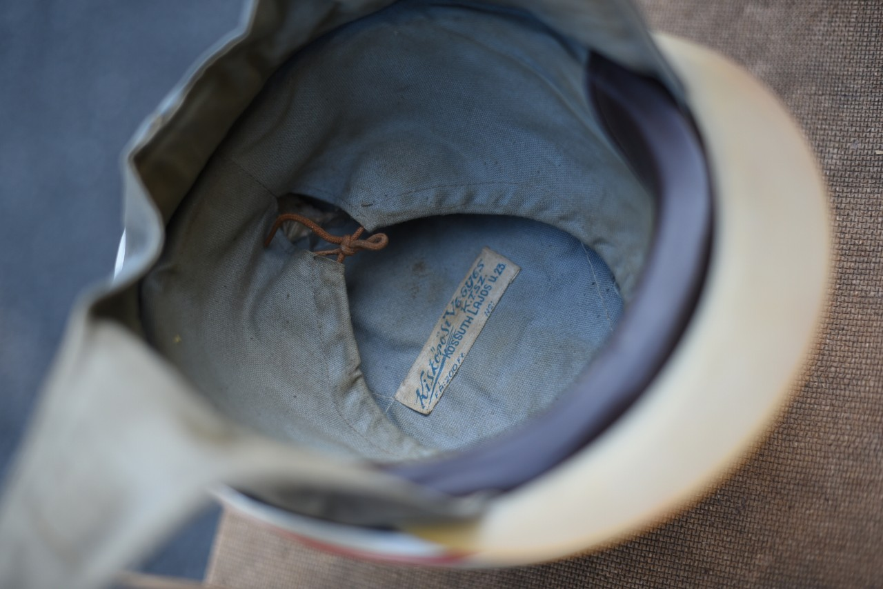 UK Made in ENGLAND KISKOROS KOSSUTH LAJOS ヘルメット 101082
