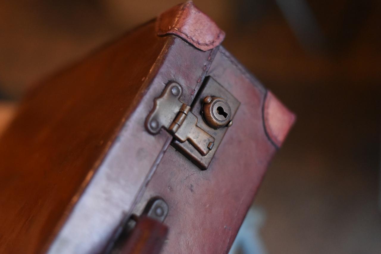 102730 UK ヴィンテージ トランクケース 革鞄