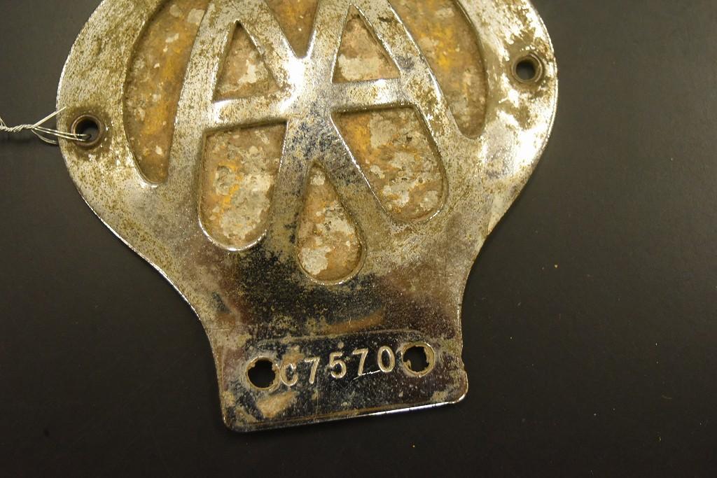 104662 ヴィンテージ AA 「Automobile Association」 カーバッチ エンブレム