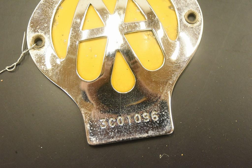 104612 ヴィンテージ AA 「Automobile Association」 カーバッチ エンブレム