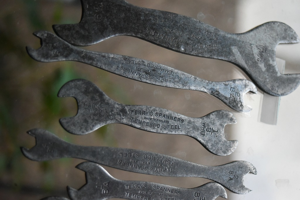 103407 UK ヴィンテージ 「TERRY'S SPANNERS」 スパナ ツール 英国