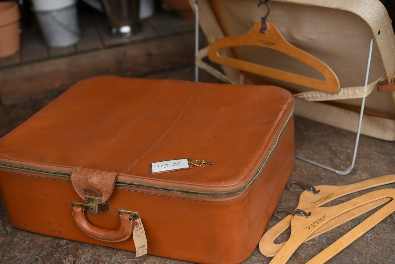2310 UK レザートランク Victor Luggage 衣装ケース鍵 ハンガー付属 トランクケース  MADE in ENGLAND 革鞄 英国