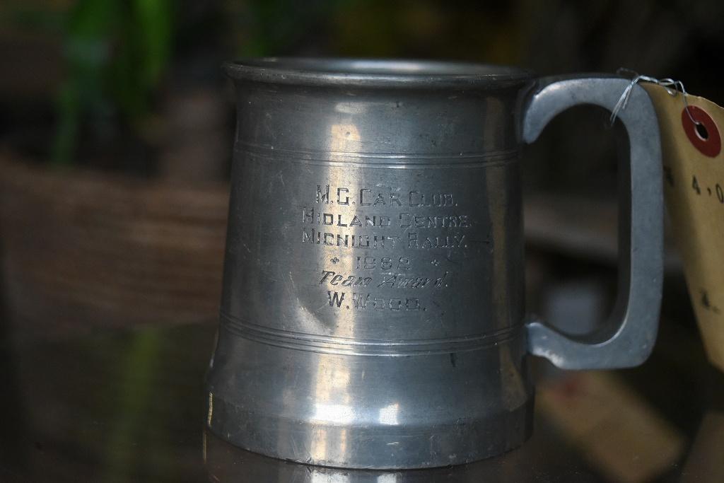 103941 ヴィンテージ アルミ製 マグカップ MADE IN ENGLAND 英国