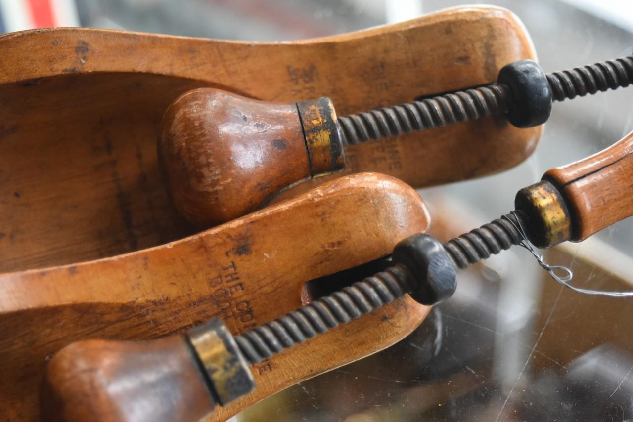 102255 UK ヴィンテージ シューキーパー THE COMBINE BOOT TREE