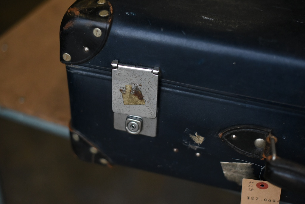 103442 UK ヴィンテージ 英国 グローブ トロッター 「GLOBE TROTTER」 MADE IN ENGLAND 刻印