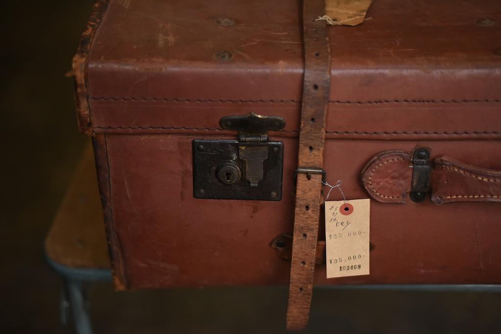 103468 ヴィンテージ 大型トランクケース  英国製 鍵付き
